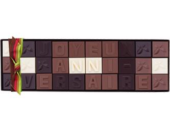 LA bonne idée cadeau : personnalisez votre message en chocolat !