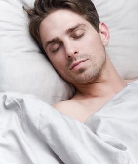 oreiller pour bien dormir quel oreiller pour bien choisir oreiller moelleux. Black Bedroom Furniture Sets. Home Design Ideas