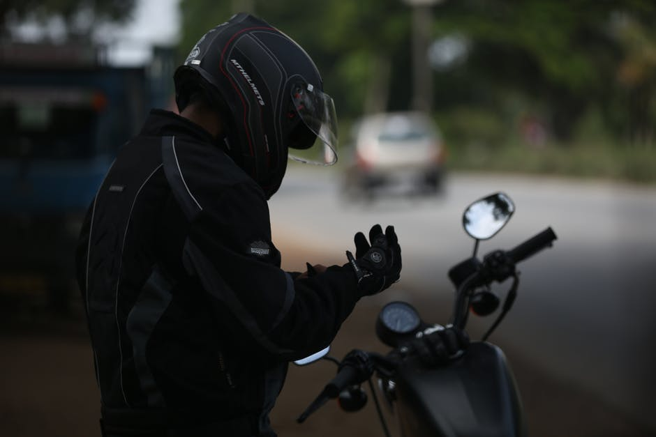 Comment bien nettoyer son casque de moto ?
