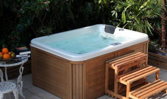 Zoom sur les accessoires indispensables pour un spa