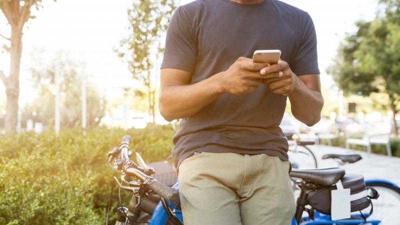 QUELLES QUESTIONS POSER À UNE FILLE PAR SMS ?