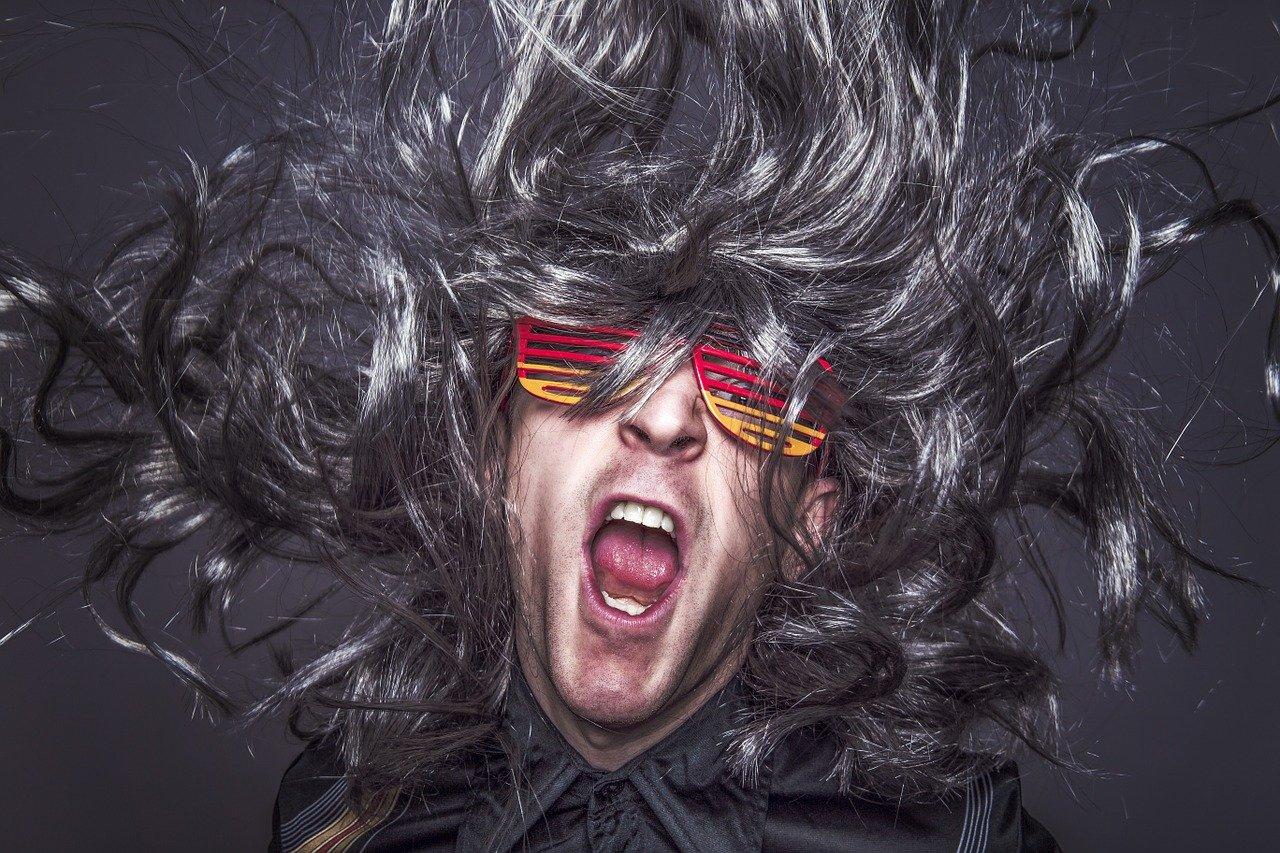Cheveux électriques : que faire ?