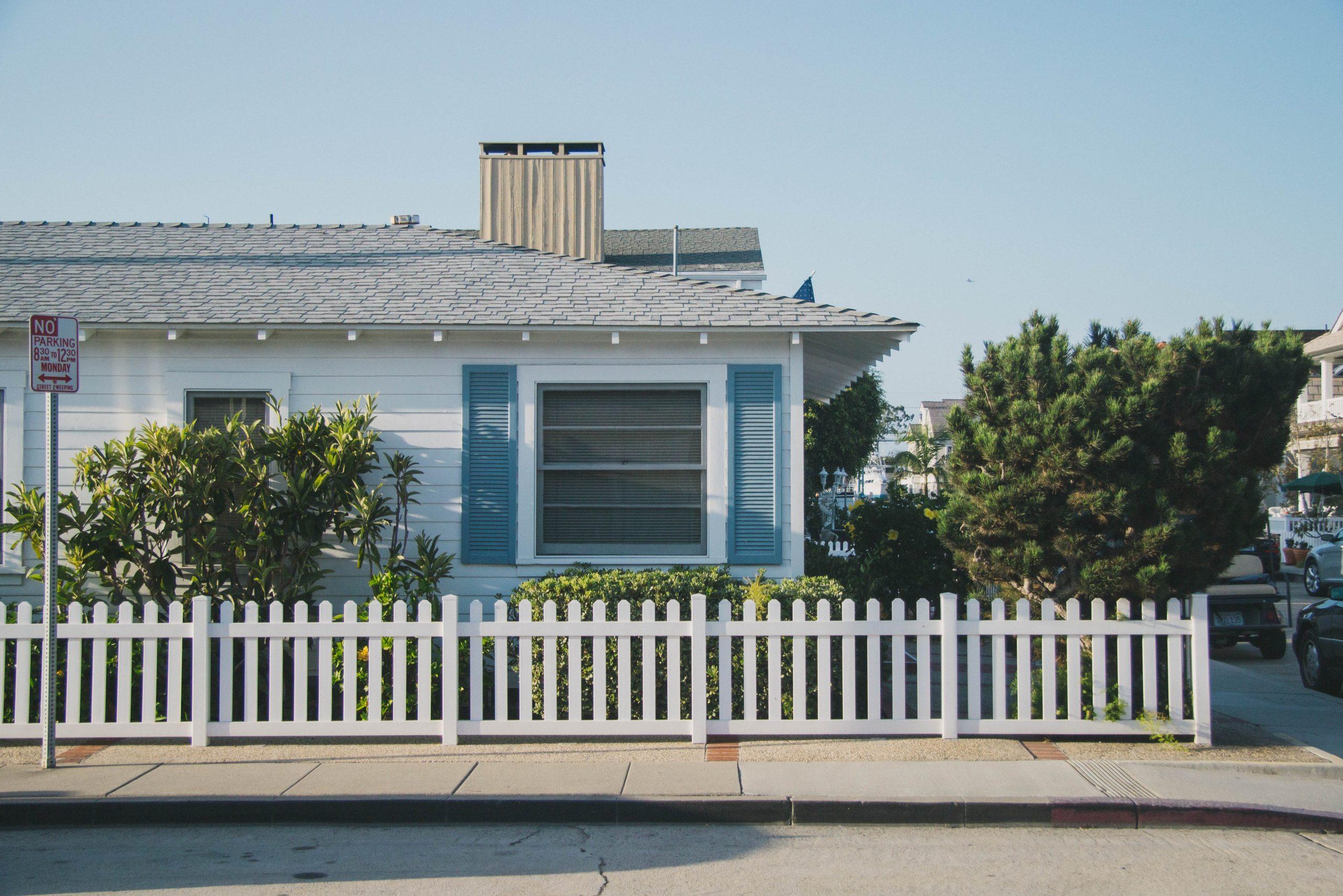 Trouver une maison sécurisée et y vivre