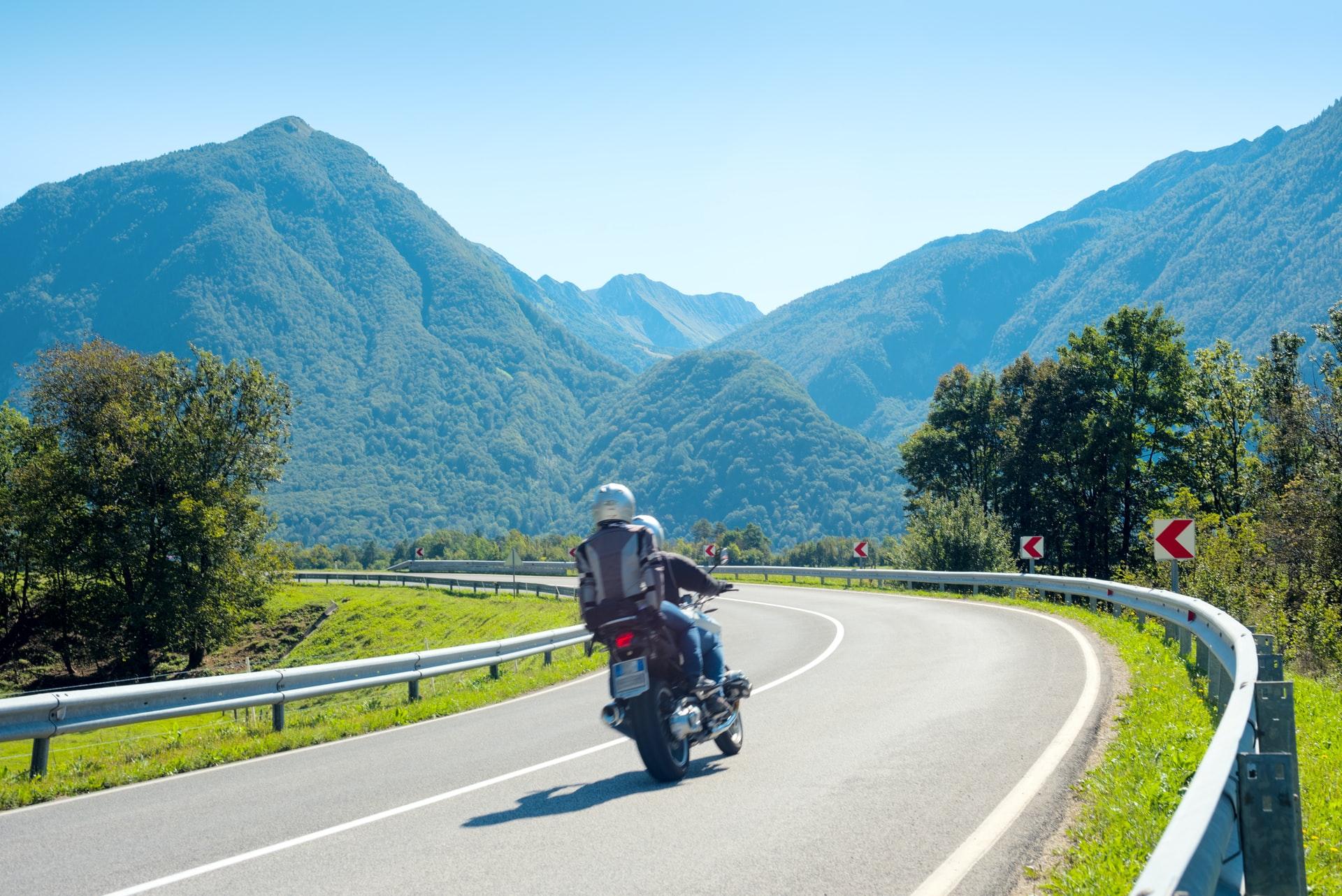 Décortiquer les offres d'assurance moto pour les comprendre